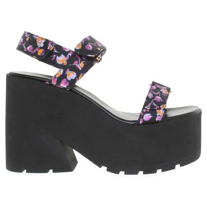 Versace Sandaletten mit Keilabsatz