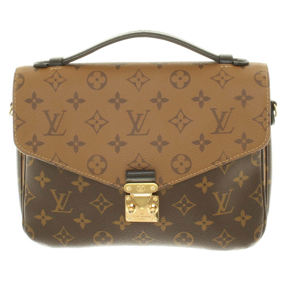 louis vuitton pochette metis monogram canvas second hand louis vuitton pochette metis. Black Bedroom Furniture Sets. Home Design Ideas