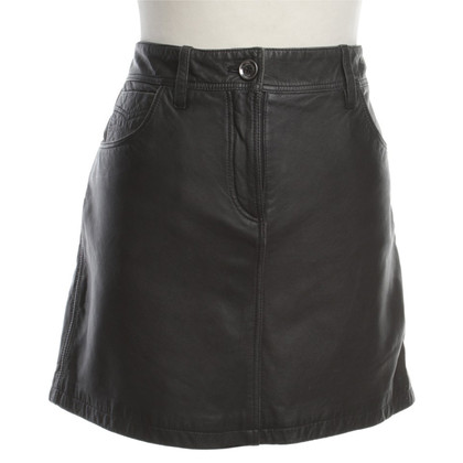 Burberry Mini leather skirt