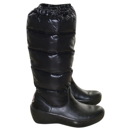 Moncler Down-filled winter boots