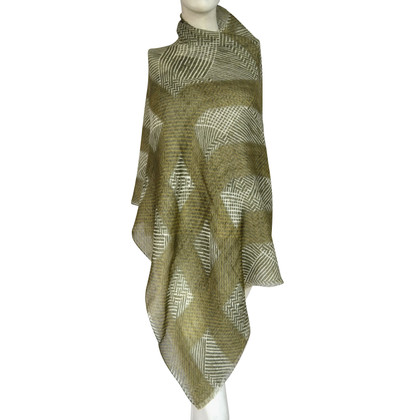 Burberry Cashmere scarf with linen content