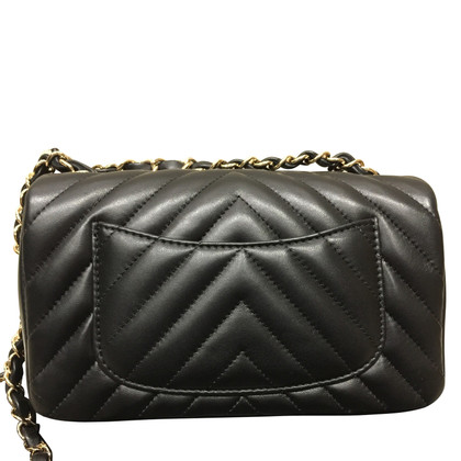 "Chanel ""Classic Flap Bag Nieuwe Mini"""