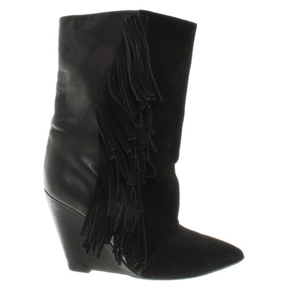 Isabel Marant Ankle boots with fringes