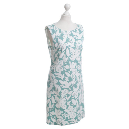 Hugo Boss Dress with a floral pattern