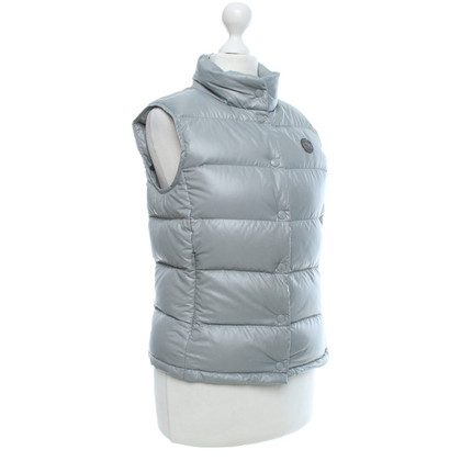 Closed Down vest in grey