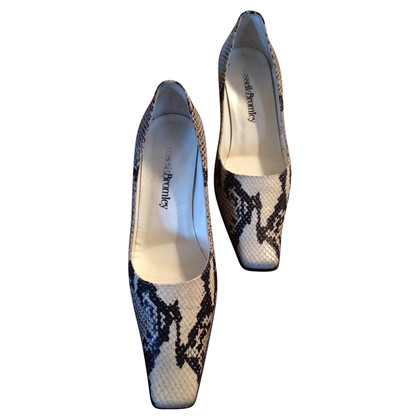 Russell & Bromley Pumps