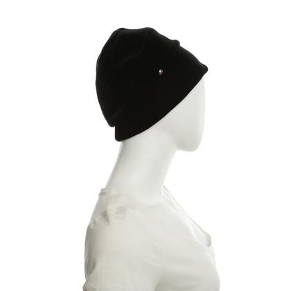 Armani Schwarze Mütze aus Samt