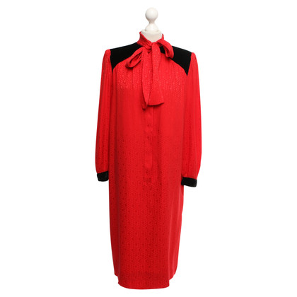 Nina Ricci Silk dress in red