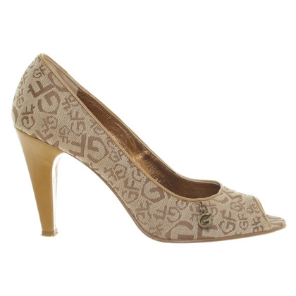 Ferre Peep-toes with Monogram patterns