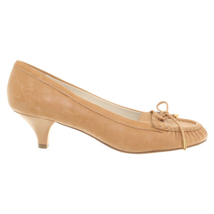 Car Shoe Pumps in Beige