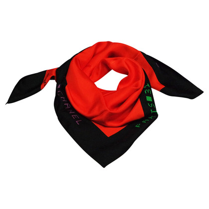 Chanel FOULARD CHANEL TWILL RED SILK