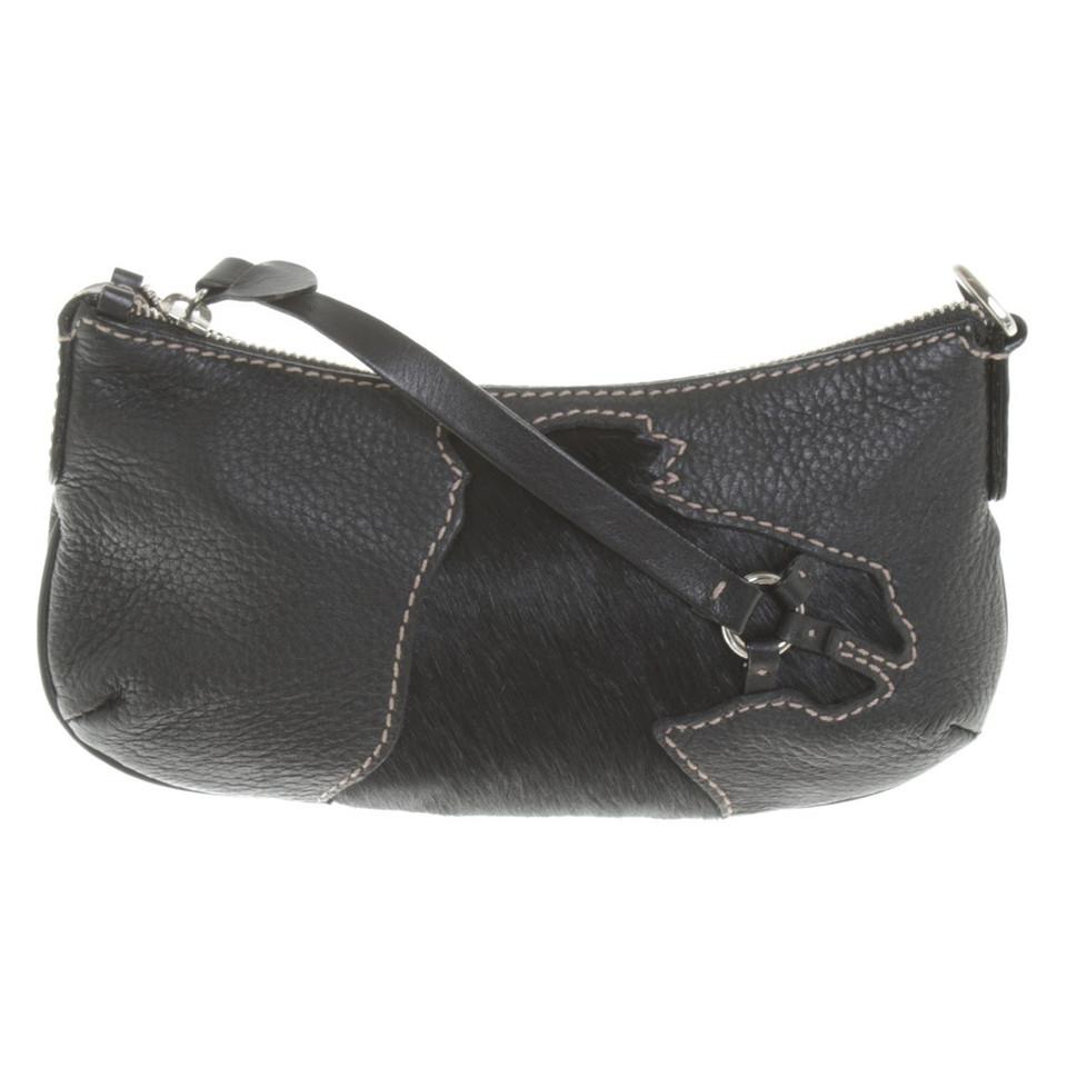 aigner handtasche in braun second hand aigner handtasche in braun gebraucht kaufen f r 60 00. Black Bedroom Furniture Sets. Home Design Ideas