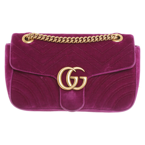 0caf2cdbb721 Gucci GG Marmont Flap Bag Normal in Fuchsia - Second Hand Gucci GG ...