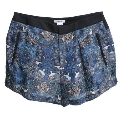 Helmut Lang Kurze Shorts mit floralem Print Blau