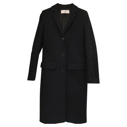 Closed Cappotto con maniche ricamate