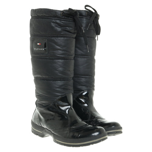 competitive price 3d754 1ec45 Tommy Hilfiger Stiefel in Schwarz - Second Hand Tommy ...