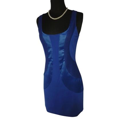 Diane von Furstenberg Form-fitting dress in blue