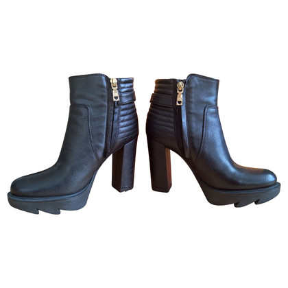 Moschino Ankle boots in black