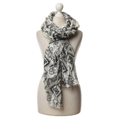 Gucci Silk scarf with pattern