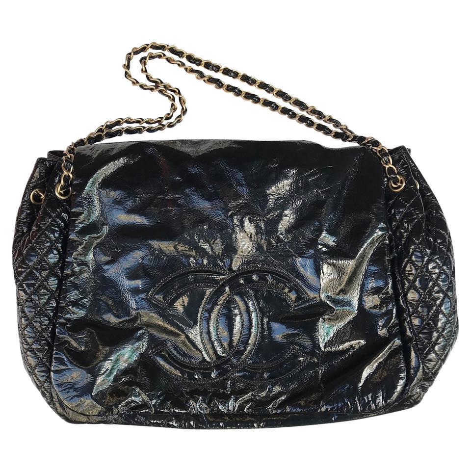 Chanel Maxi Chanel tas in zwarte verf   Koop tweedehands Chanel Maxi Chanel tas in zwarte verf
