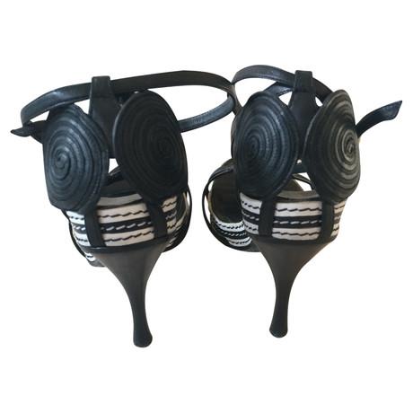 Armani Sandaletten Schwarz Billig Verkauf Rabatte Günstig Kaufen Vermarktbare Verkauf Extrem FTWxt3