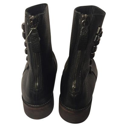 Hugo Boss Boots mit Nieten