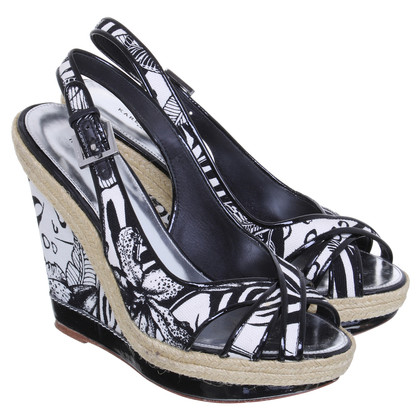 Karen Millen Wedge sandals with flower pattern