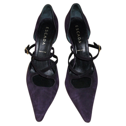 Escada pumps purple
