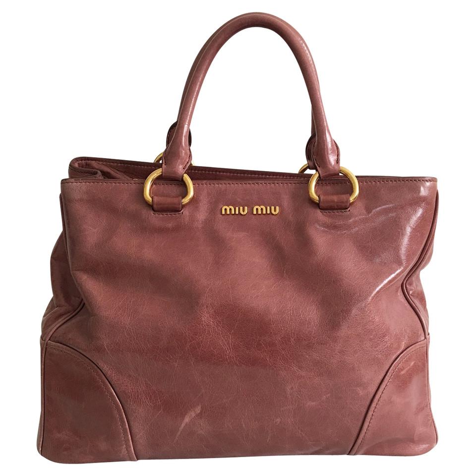 miu miu handtasche aus leder second hand miu miu handtasche aus leder gebraucht kaufen f r 650. Black Bedroom Furniture Sets. Home Design Ideas