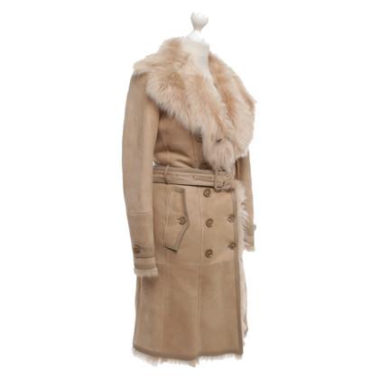 Burberry Lambskin coat in beige
