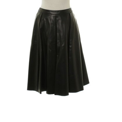 Burberry MIDI skirt in black leather