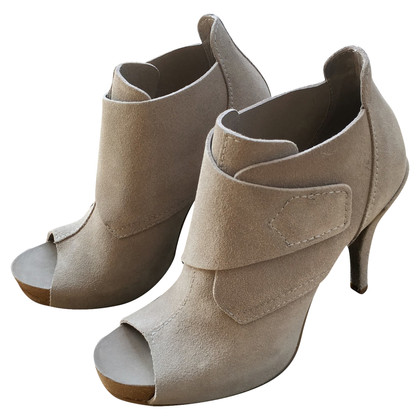 Pedro Garcia Ankle boots made of suede