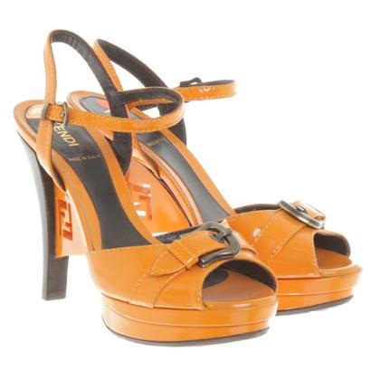 Fendi Sandalen in oranje