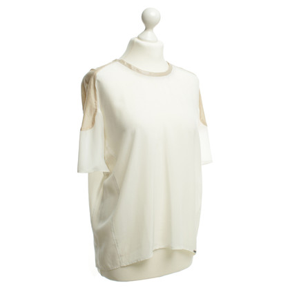 Cinque Blouse made from semi-transparent material