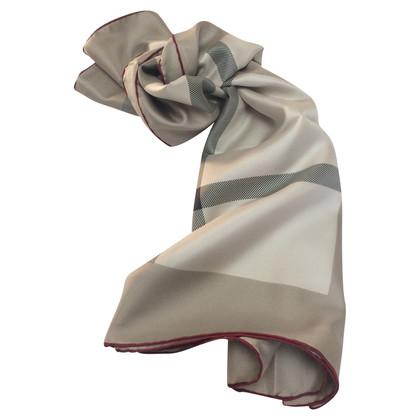 Burberry sciarpa di seta