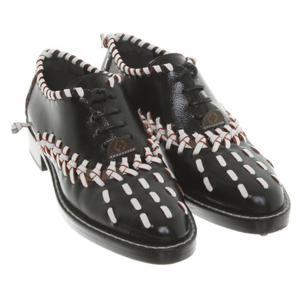 Louis Vuitton vernice Lace-up