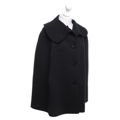 Armani Cape in Schwarz