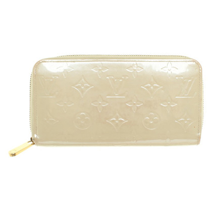 "Louis Vuitton ""Zippy Monogram Vernis"""