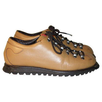 Prada Leder-Sneakers in Camel