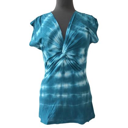 Velvet T-Shirt im Batiklook
