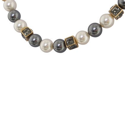 Louis Vuitton Goudkleurige sieraden parelketting