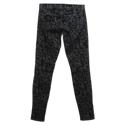J Brand Skinny Jeans in Blu / Nero