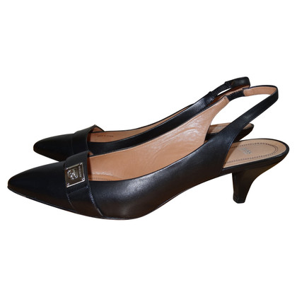 Hugo Boss slingbacks