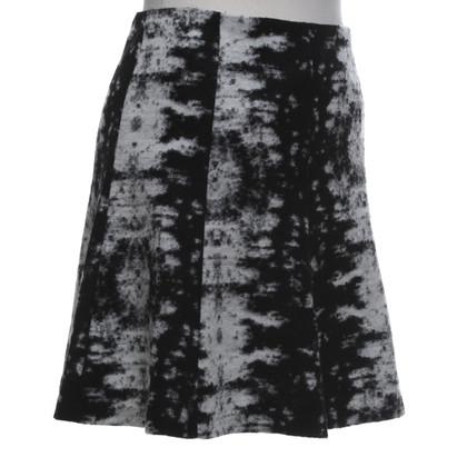 Sandro skirt in black and white