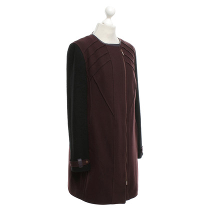 Hugo Boss Coat in bordeaux / black
