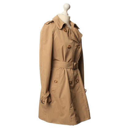 Moncler Trenchcoat in oker