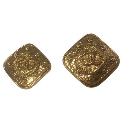 Chanel Gilded earclips