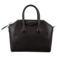 """Givenchy """"Antigona Bag"""" in Schwarz"""