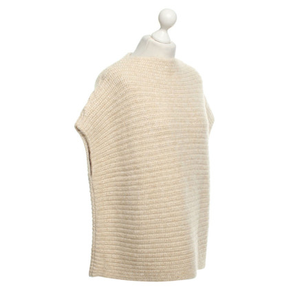 Closed Pullover im Poncho-Stil