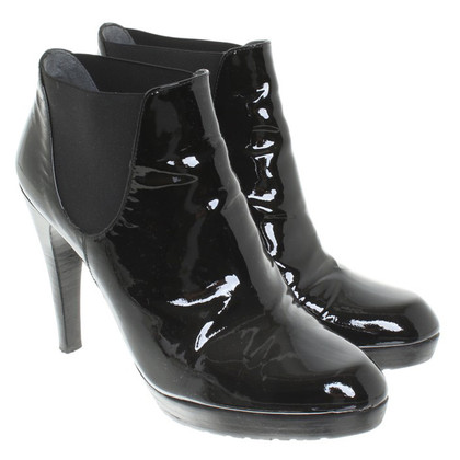 Stuart Weitzman Boots patent leather